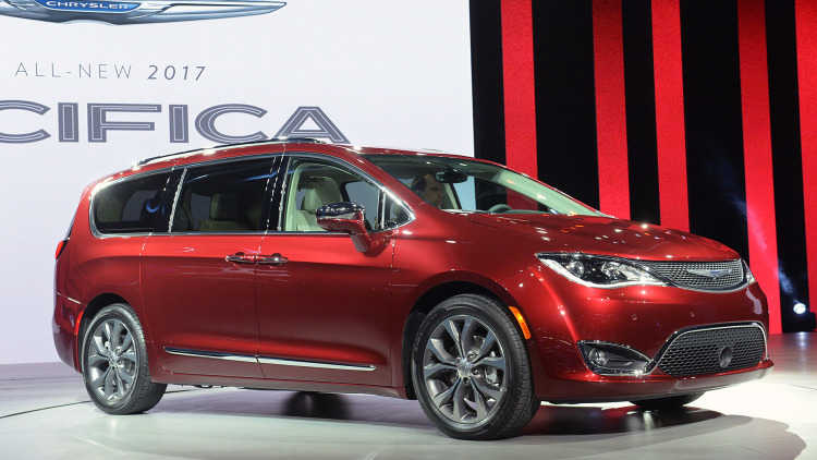2017-chrysler-pacifica-google-deal