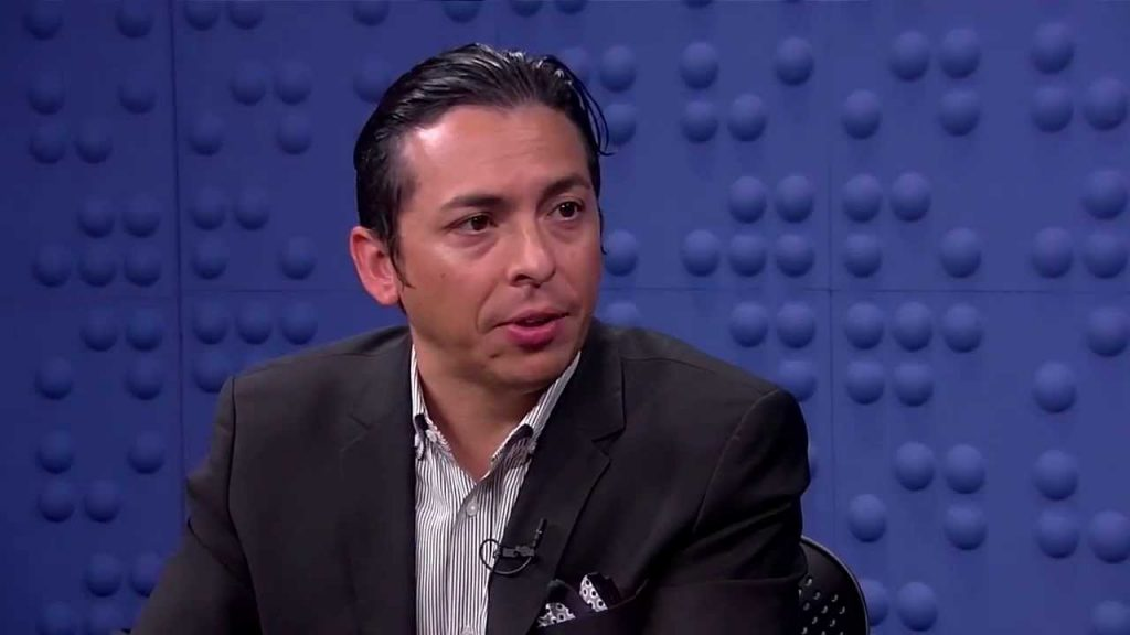 "Brian Solis Shares His Views on Customer Service in the Digital Age on Accenture's new podcast ""Marketing Disrupted"" with special host Amber Mac"
